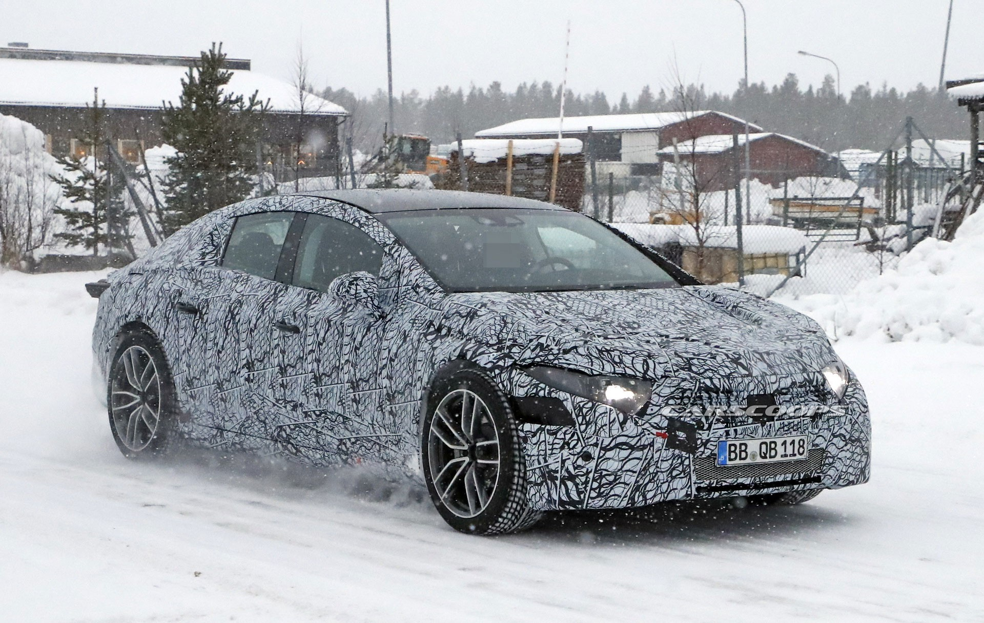 2021 mercedes benz eqs spy shots 09