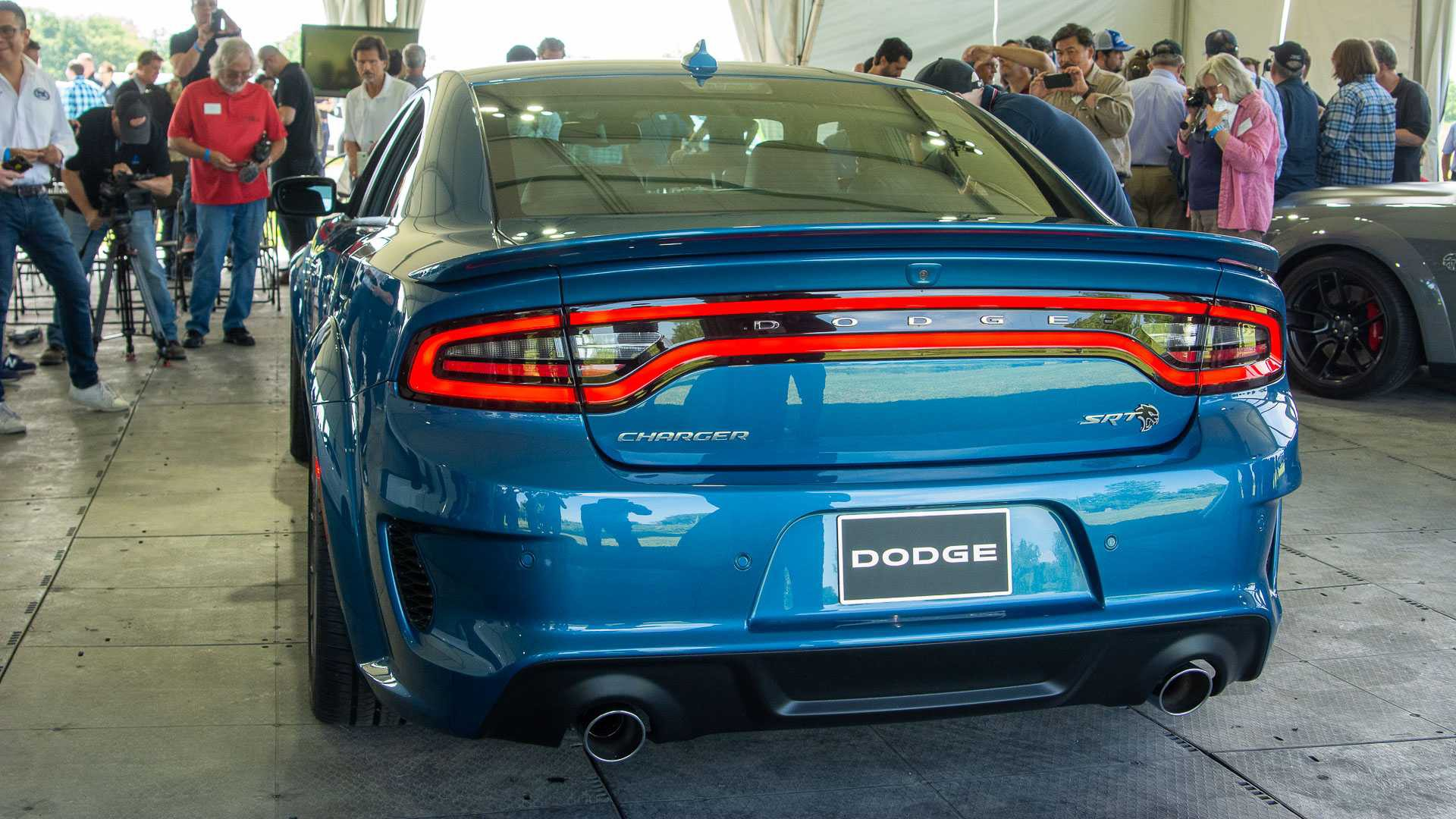 2020 dodge charger srt hellcat widebody and scat pack widebody (3)