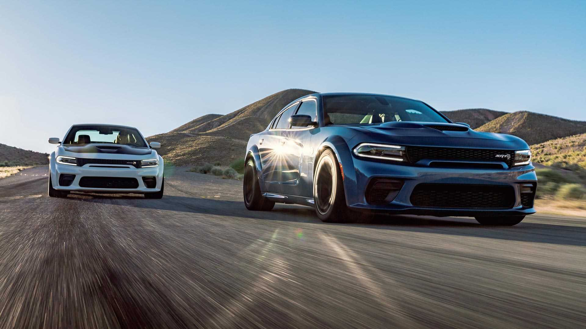 2020 dodge charger srt hellcat widebody and 2020 dodge charger scat pack widebody (3)