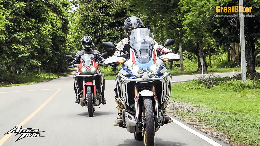 CRF1100L Africa Twin Review.00 07 39 00.Still028