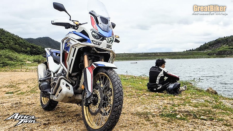 CRF1100L Africa Twin Review.00 08 44 28.Still027