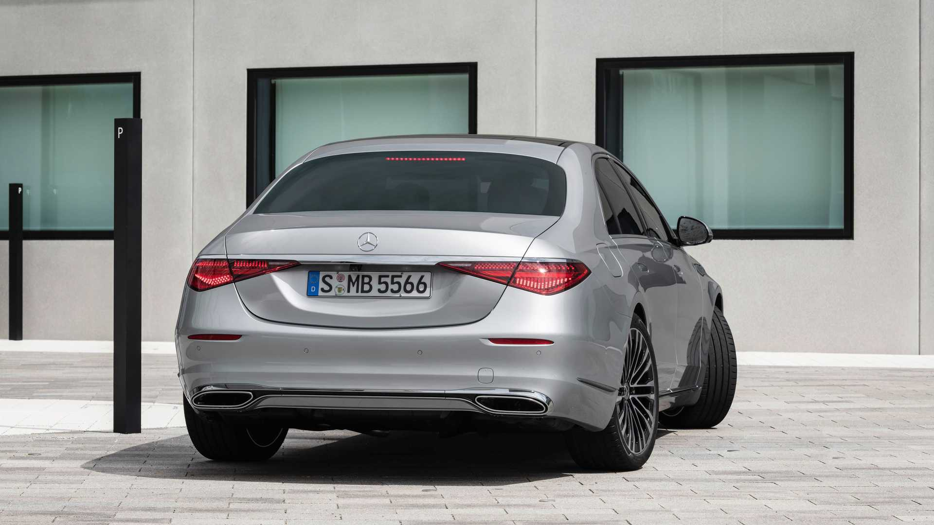 2021 mercedes benz s class sedan exterior (3)