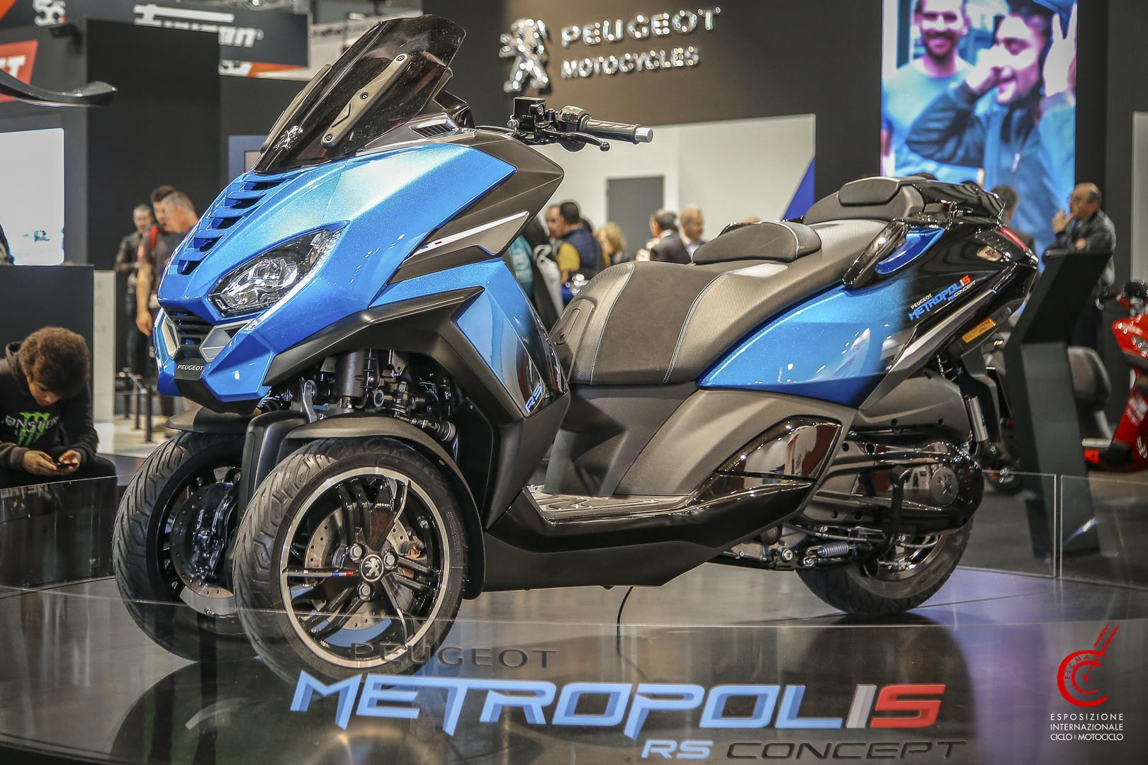 Peugeot Metropolis RS Concept First Look 3